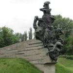 Меморіалізація простору Бабиного Яру