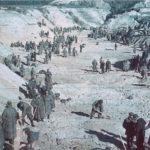 Бабин Яр - місце, де спочатку вбили людей, а потім пам'ять