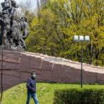 Як російська пропаганда використовує скандал з меморіалом в Бабиному Яру